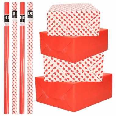 10x rollen kraft inpakpapier pakket rood/wit met hartjes liefde/valentijn 200 x 70 cm kado