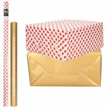 4x rollen kraft inpakpapier liefde/rode hartjes pakket mat goud 200 x 70/50 cm kado