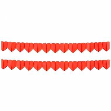 4x stuks rode hartjes valentijn/love thema slinger van 4 meter kado
