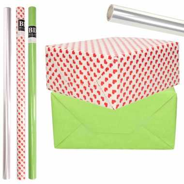 6x rollen kraft inpakpapier transparante folie/hartjes pakket groen/harten design 200 x 70 cm kado
