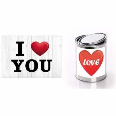 I love you valentijnskaart met love kadoblik hartje