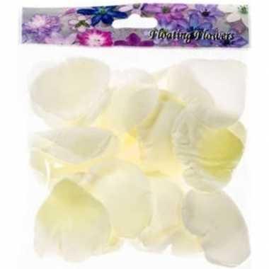 Valentijn 72x witte strooi rozenblaadjes decoratie kado