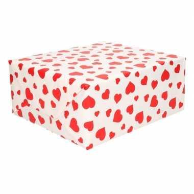 Valentijn inpakpapier wit met rode hartjes print 200 x 70 cm op rol k