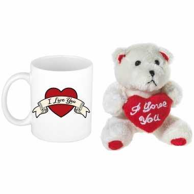 Valentijn kado i love you banner beker / mok 300 ml met beige knuffelbeertje met love hartje