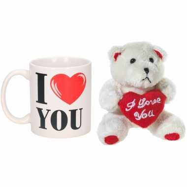 Valentijn kado i love you beker / mok 300 ml met beige knuffelbeertje met love hartje