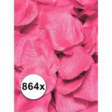 Valentijn luxe roze rozenblaadjes pakket kado