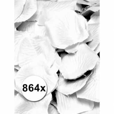 Valentijn luxe witte rozenblaadjes pakket kado