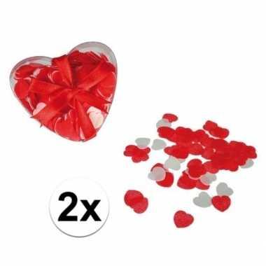 Valentijn rode hartjes bad confetti 40 gram kado
