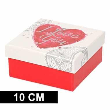 Valentijn rood/wit kadodoosje met hart 10 cm vierkant