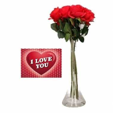 Valentijn valentijsdag kado vaas met 8 rozen en een valentijnskaart