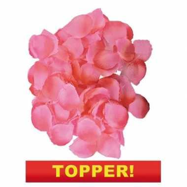 Valentijn voordelige luxe roze rozenblaadjes kado