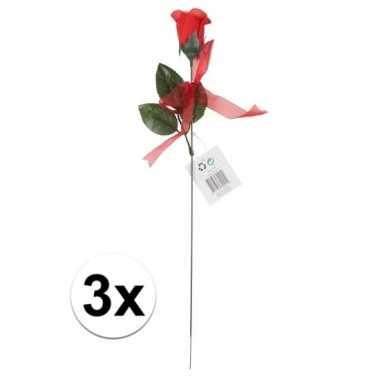 Valentijn voordelige rode rozen 3 stuks kunstbloemen 45 cm kado