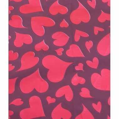 Valentijnsdag kadopapier met rode harten 70 x 200 cm