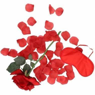 Valentijnskado verassingspakket rood masker