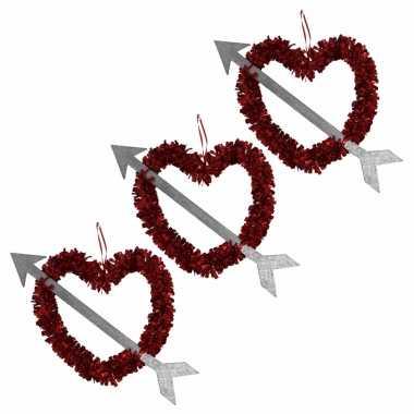 Voordeelset 10x rood valentijn/bruiloft hangdecoratie hart met pijl 45 cm kado