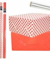 6x rollen kraft inpakpapier transparante folie hartjes pakket rood harten design 200 x 70 cm kado