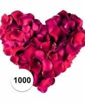 Valentijn bordeaux rode rozenblaadjes 1000 stuks kado