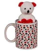 Valentijnskado beker met knuffelbeer kado
